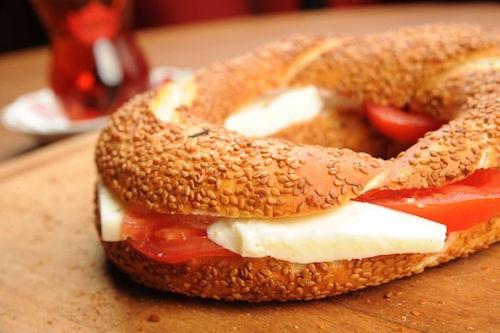 Турецкий симит Традиционный турецкий завтрак
